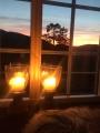Stemningsfull kveld på hytta med en flott solnedgang i retning mot Knyken. Fotograf: Kjersti Haugen