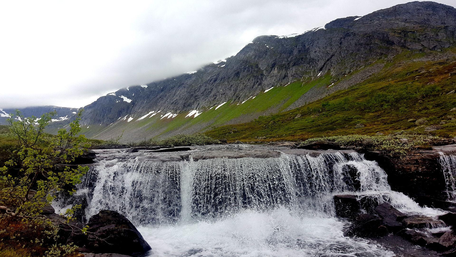 Vakre Vassdalen. Blir aldri lei av dette landskapet. Fotograf: Mira Sæther.