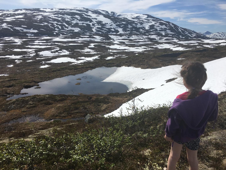 """Frida fant et \""""hjertevann\"""", 28. mai 2018. Fotograf: Trine Engdal Storholt"""