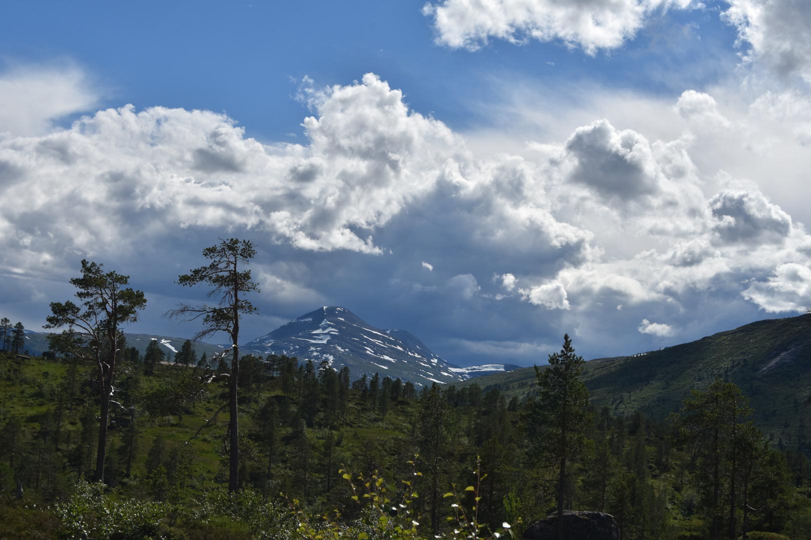 Uværet kommer. Tatt retning Fruhøtta 7. juli 2021. Fotograf: Jan-Birger Fjellvang Heftøy